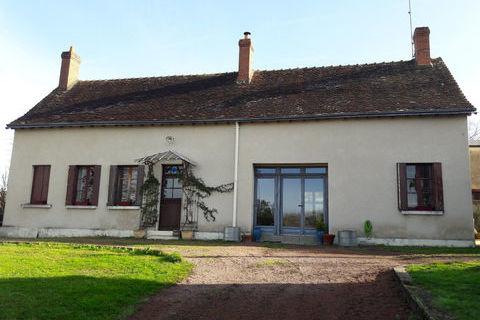 Maison de caractère à 2 chambres avec dépendances, 2 terrasses et jardin clos 152000 Bossay-sur-Claise (37290)