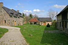 Grande maison familiale dans 8400m2 de terrain, avec deux autres logements en campagne proche de Barenton 530000 Barenton (50720)