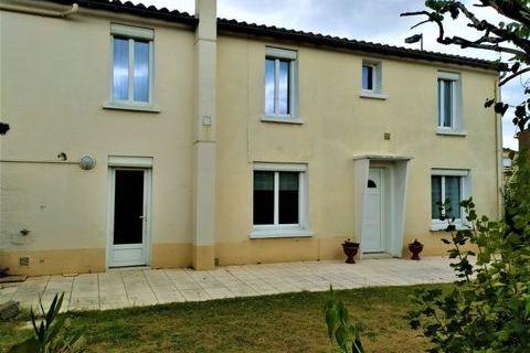 Maison 4 chambres + garage et jardin 208000 Montaigu (85600)
