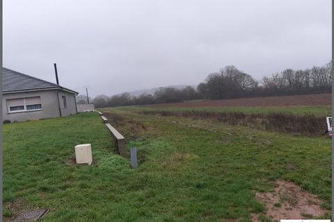 *** Beau terrain plat constructible de 2018 m² *** 52200 Saint-Avold (57500)