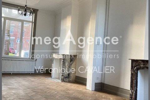 Maison Bourgeoise dans le secteur des acacias. 1401 Valenciennes (59300)