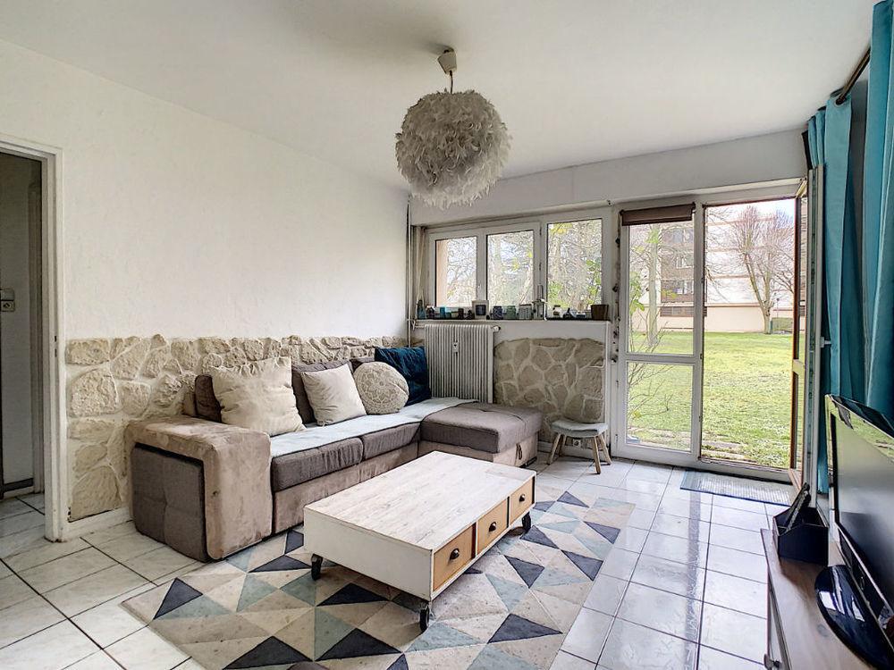 Location Appartement Appartement Résidence Epine Guyon à Franconville, grand studio de 31.46 m2 Franconville
