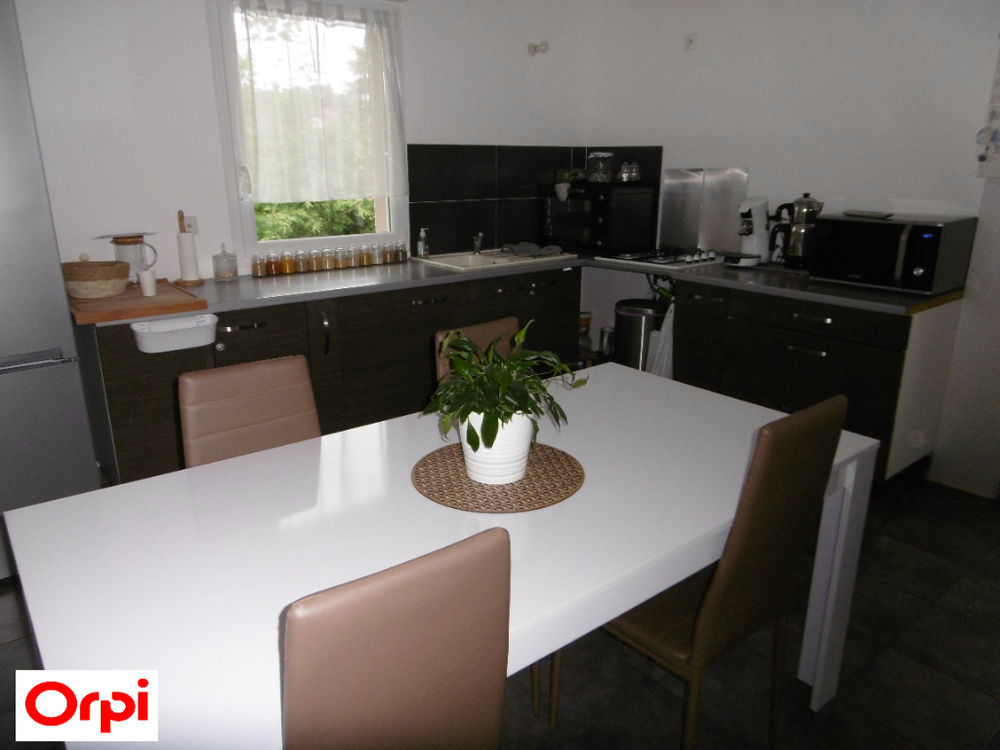 Vente Appartement APPARTEMENT Beaurepaire 3 pièce(s) 70 m2 Beaurepaire