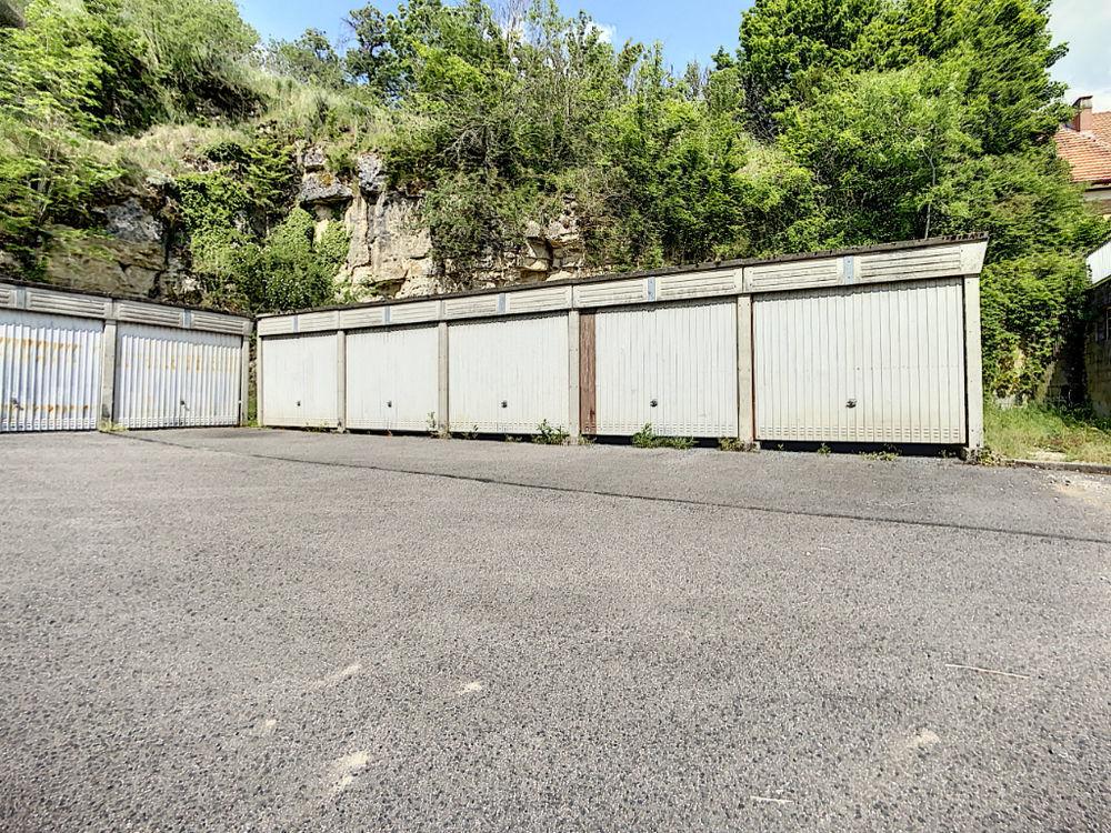 Location Parking/Garage Garage 15m²  à Neufchâteau Neufchateau