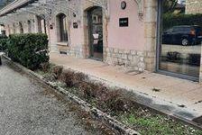 Bureaux Oyonnax 5 pièce(s) 250m² 2343 01100 Oyonnax