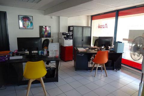 Local professionnel à usage de bureaux 338 01000 Bourg en bresse