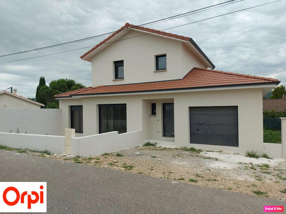 Vente Maison Maison Sablons 5 pièce(s) 110.88 m2 Sablons
