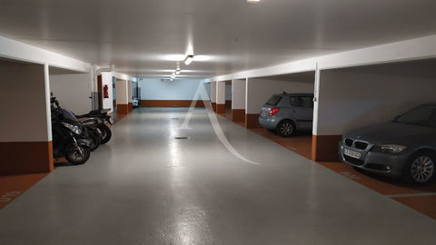 Emplacement de parking sécurisé - Anatole France 80 Le Kremlin-Bicêtre (94270)