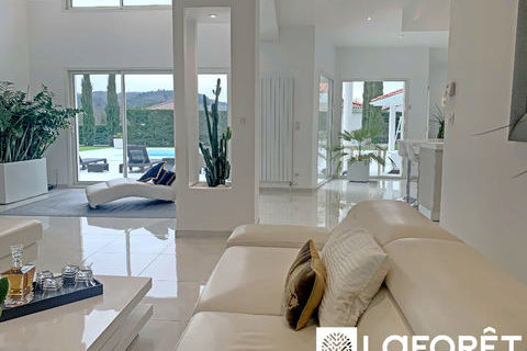 Villa 4 pièces BOURG EN BRESSE 220 m2 1144000 Bourg-en-Bresse (01000)