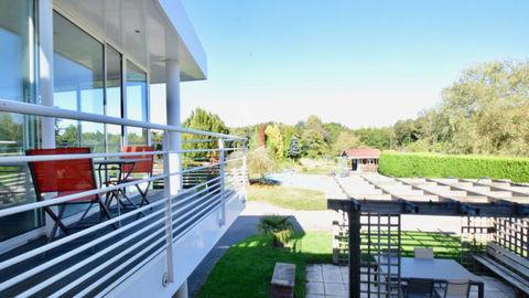 Propriété sur 4 300m² de terrain avec piscine chauffée 538000 Les Forges (88390)