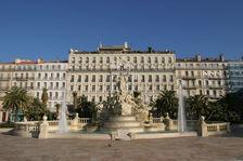 Local commercial 275 m2 Toulon 725000 83000 Toulon