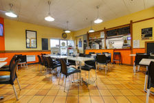 Local pour brasserie ou restauration rapide 88500 27140 Gisors