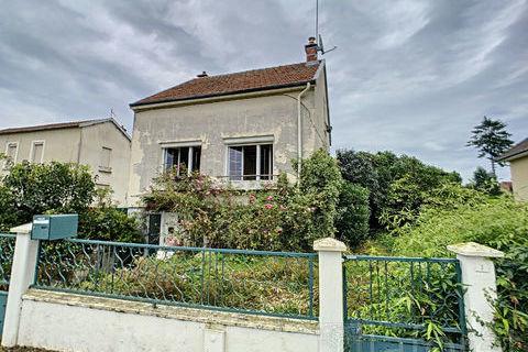 A vendre à SAINTE-MENEHOULD, 79000 Sainte-Menehould (51800)