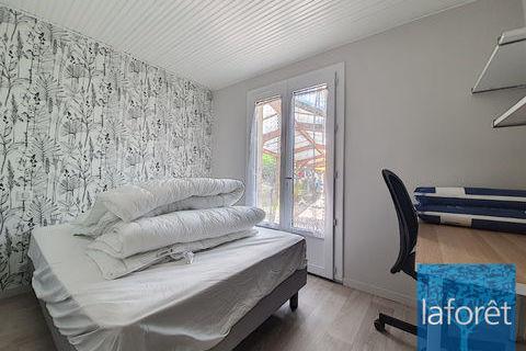 Chambre La Roche Sur Yon 1 pièce(s) 9 m2 350 La Roche-sur-Yon (85000)