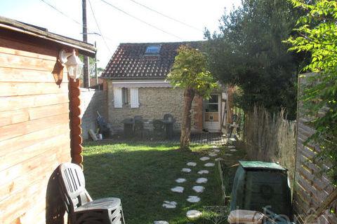Maison Cadalen 2 pièce(s) 55 m2 490 Cadalen (81600)