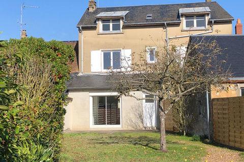 A louer - Maison située à LA FLECHE - 3 chambres 800 La Flèche (72200)