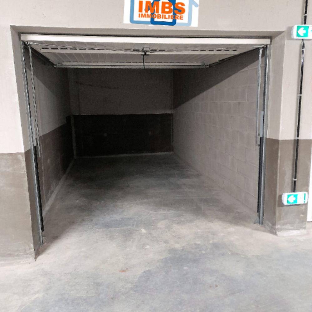 Location Parking/Garage Garage sous-sol sécurisé 13.60 m2 Bischheim Bischheim