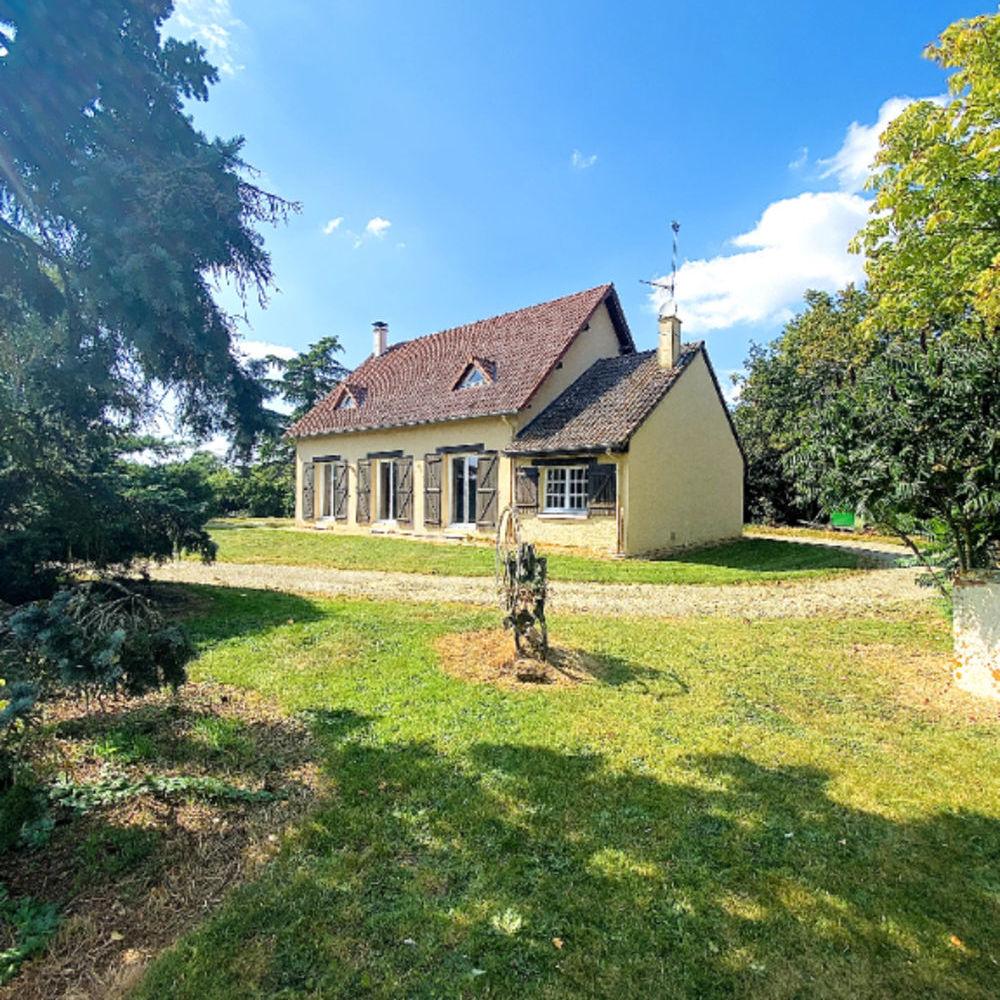Vente Maison Proche VERNEUIL SUR AVRE, situé dans un bel environnement sur 3480m², maison traditionnelle. Verneuil d avre et d iton