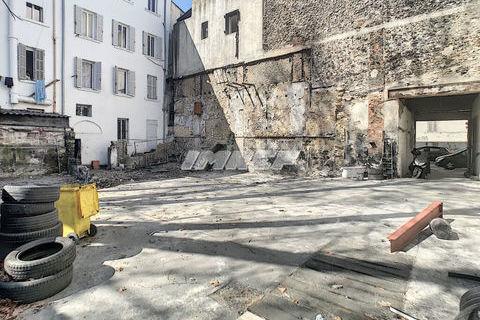 Murs et fonds d'un local commercial avec terrain 13015 176000 13015 Marseille