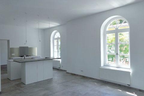 Appartement  3 pièce(s) 67 .71 m² 995 Sète (34200)