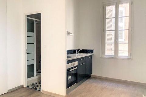 Appartement Avignon INTRA-MUROS 18 m2 entièrement rénové 390 Avignon (84000)