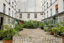 Studio en parfait état... 299000 Paris 10