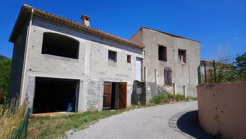 MAISON DE CAMPAGNE sur 3 900 m² 128000 Castellane (04120)