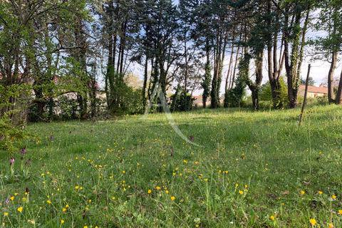 PROXIMITE SAINT SULPICE : Terrain constructible 70000 Saint-Sulpice (81370)