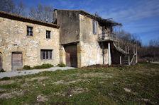 Cavaillon - Mas provençal mitoyen à rénover sur 3000 m2 352000 Cavaillon (84300)