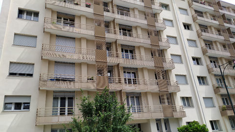 Appartement type 6 - Dernier étage en centre ville - 124 m² - Albertville 139000 Albertville (73200)