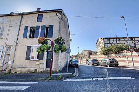 A vendre à SAINTE-MENEHOULD, 89500 Sainte-Menehould (51800)