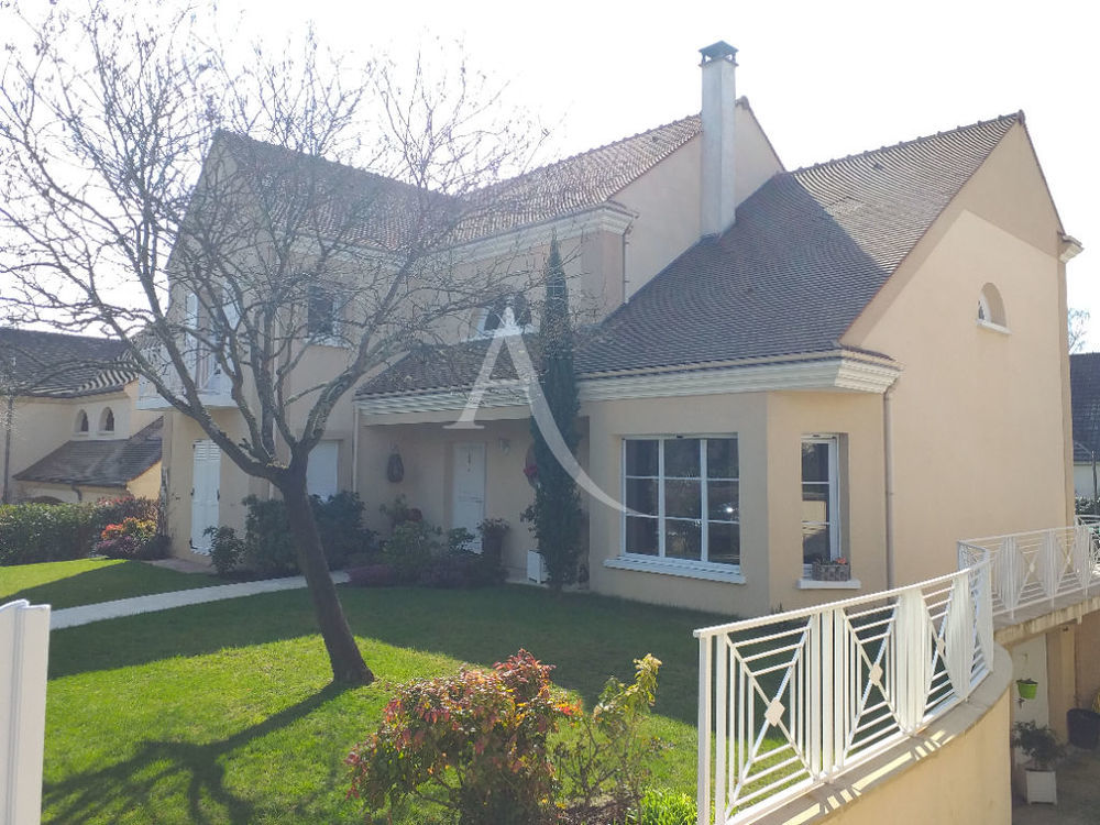 Vente Maison Maison MONTLIGNON - 7 pièces - 200 m² - Terrain 900 m² Montlignon