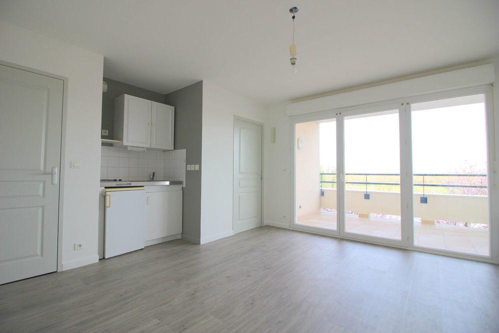 stephane plaza immobilier nantes centre appartement 2 pi ce s 32 m saint s bastien sur loire. Black Bedroom Furniture Sets. Home Design Ideas