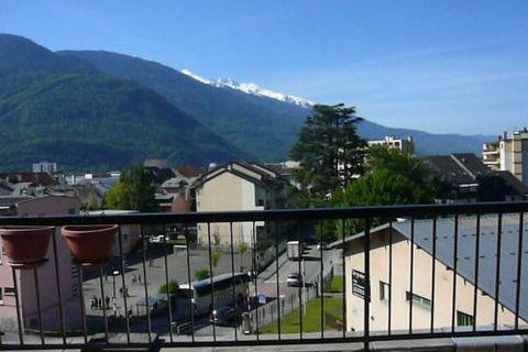 Appartement Albertville 2 pièce(s) 39 m2 496 Albertville (73200)