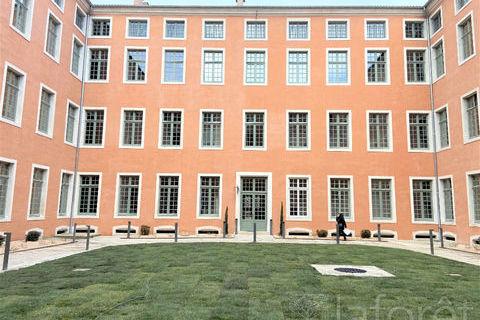 MACON CENTRE VILLE - Appartement 3 pièces 690 Mâcon (71000)