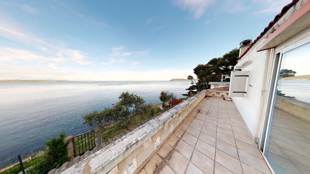 Vente Maison Maison Istres 190 m2 sur 890 m2 les pieds dans l'eau ! Istres