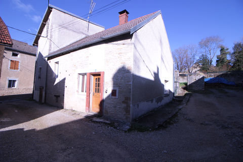 EN EXCLUSIVITE !  Maison de village 78000 Selongey (21260)
