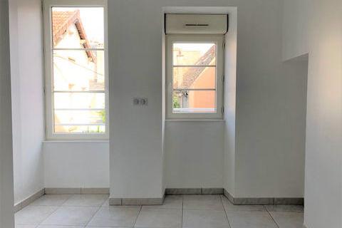 Appartement F1 plein centre-ville d'ETAMPES 462 Étampes (91150)