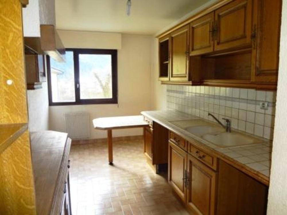 Location Appartement Grand T5 108m²  -  CLUSES Cluses