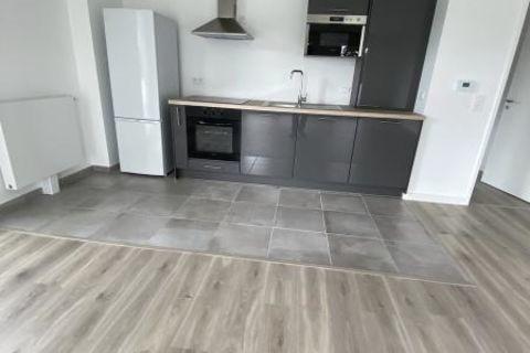 Appt quartier Henriville de 90 m² avec balcon et parking 910 Amiens (80000)