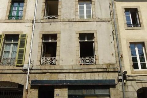 IMMEUBLE A RENOVER- LOCAL COMMERCIAL + 3 APPARTEMENTS 52550 Morlaix (29600)