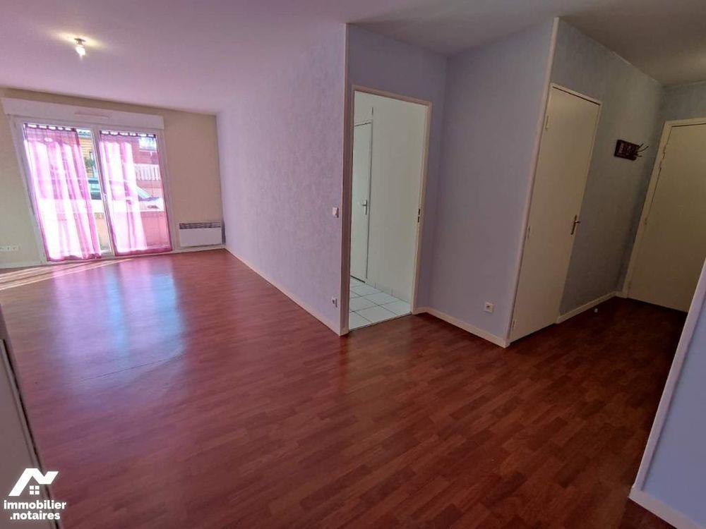 Vente Appartement Appartement T2 RDC en centre-ville Lisieux