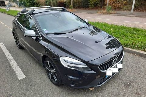 Volvo V40 T3 152 Geartronic 6 R-Design 2018 occasion Puteaux 92800