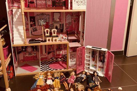 Maison de poupée barbie  110 Fontaine (38600)