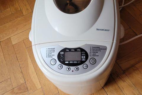 Machine à pain 40 Issy-les-Moulineaux (92130)