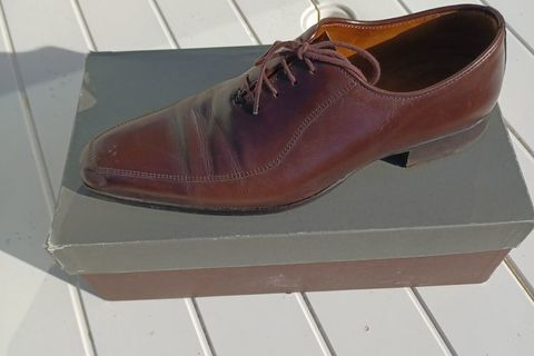 Chaussures Finsburry  250 Tours (37000)