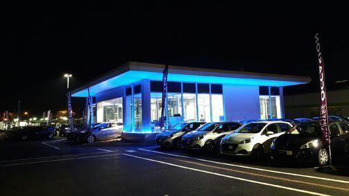 Grands garages du gard concessionnaire auto nimes 30 for Garage opel gard
