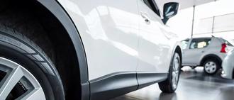 SAINT LAURENT AUTOMOBILES, concessionnaire 06