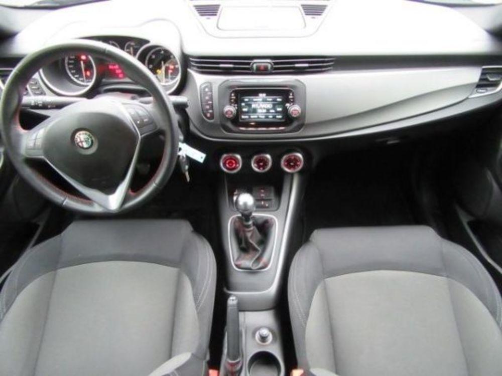 Giulietta 1.6 JTDM Impression 105 2014 occasion 31850 Beaupuy