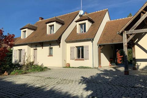 MAISON FAMILIALE TRADITIONNELLE de 150 m2 - 4 Ch - PISCINE 468000 La Ferté-Saint-Aubin (45240)